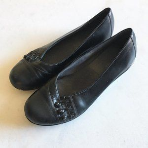 Worn once! Clarks womens black leather flats shoes